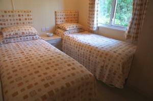 Sterrett's Holiday Lodge Twin Bedroom
