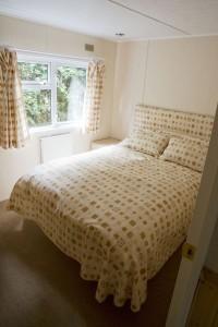 Symonds Yat Lodge Bedroom One